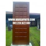 Daun Pintu Panel Lis Kotak Timbul Minimalis