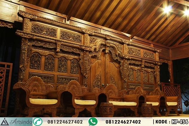 Dekorasi Pelaminan Gebyok Ukir Jawa