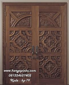 Pintu Masuk Utama Ukiran Kayu Mahoni Mewah Angle