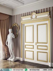 Pintu Ruang Tengah Kupu Tarung Klasik