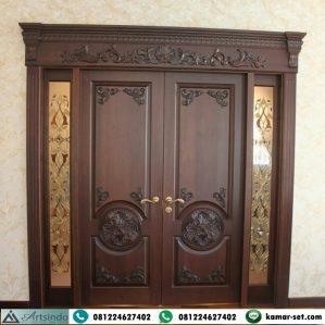 Pintu Kupu Tarung Jendela Sambung Ukir Klasik